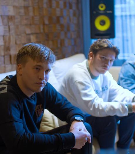 Rapper Snelle uit Deventer maakt nummer met en voor veteranen