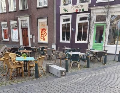 Beeldje gestolen en sokkel omgegooid in Veemarktstraat Breda