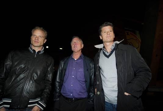 Dennis Bergkamp, Johan Cruijff en Wim Jonk (van links naar rechts).