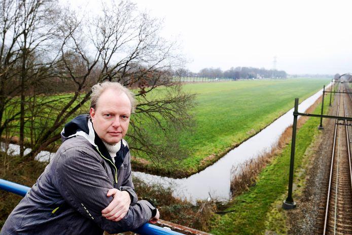 Edwin Plug lijkt zijn strijd tegen de komst van een zonnepark op dit weiland in Maartensdijk te winnen.