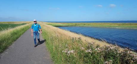 Wandelaars uit heel West-Brabant doen mee aan Thoolse wandeltocht