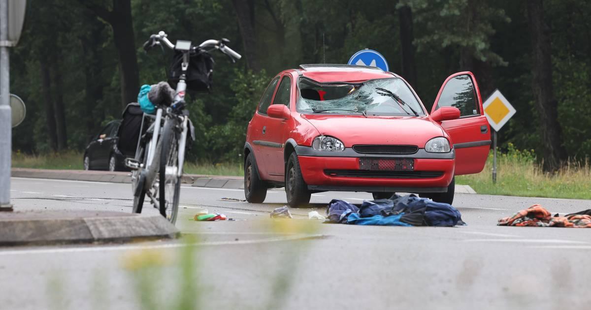 Ernstig ongeluk bij Epe: fietser met spoed naar het ziekenhuis.