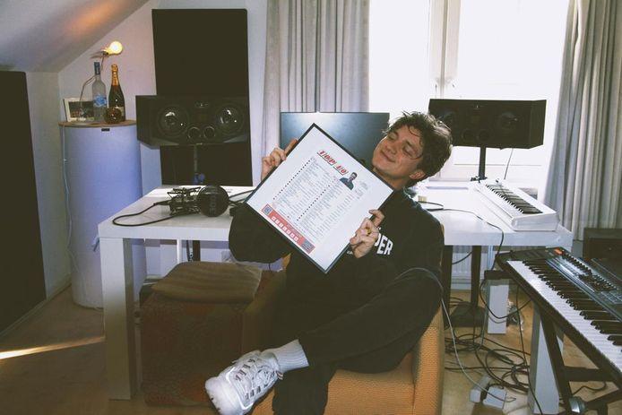 Marcus Adema uit Oisterwijk staat met Miss You in de Top 40.
