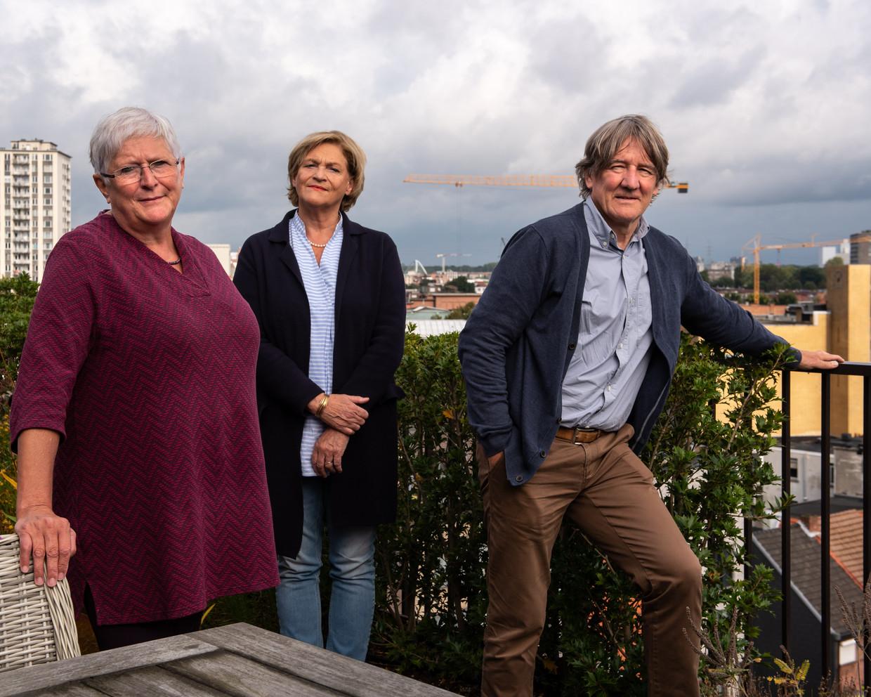 Mieke Vogels (l), Bea Cantillon en Patrick Janssens. Beeld Wouter Maeckelberghe