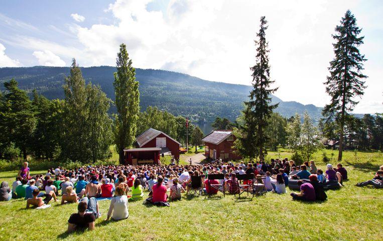 Het jeugdkamp op Utøya in 2011, vlak voor de aanslag. Beeld EPA