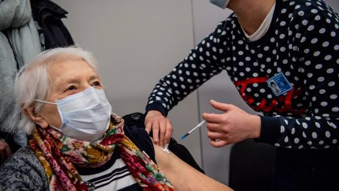Het nieuwe lichtpunt dankzij de vaccinaties: aandeel 85-plussers bij coronadoden nooit eerder zo laag