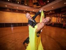 Huub en Marjo uit Oldenzaal weten wie de baas is op de dansvloer: 'Een vrouw mag het nooit overnemen'