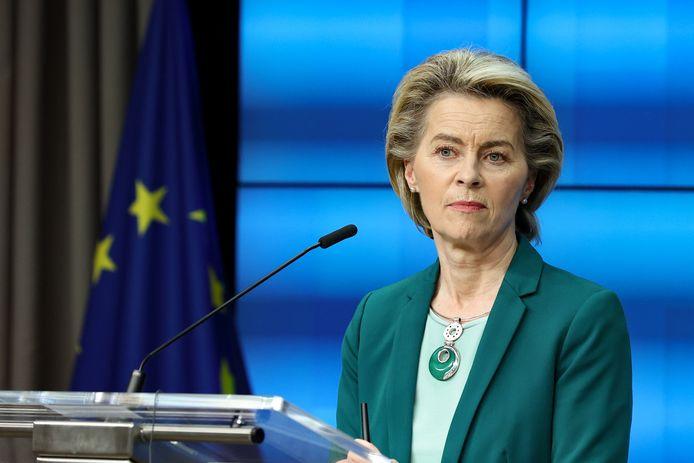 Commissievoorzitter Ursula von der Leyen. De Europese Commissie wil nog eens 1,8 miljard coronavaccins bestellen, hoogstwaarschijnlijk vooral van Pfizer-BioNTech.