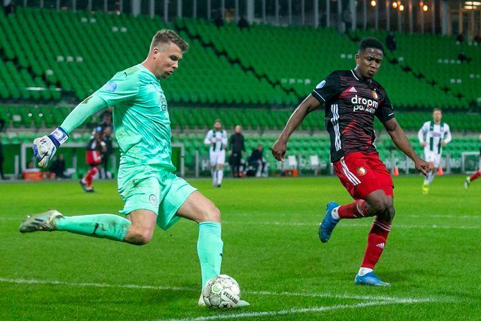 Sergio Padt in actie tegen Feyenoord.