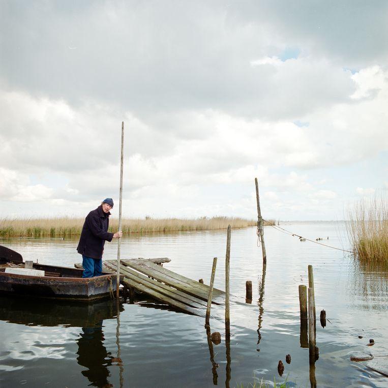 De gepensioneerde visser Jur bij Schardam, 2016. Beeld Loek Buter