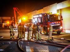 Grote brand bij Battery Street op Ambachtsweg onder controle