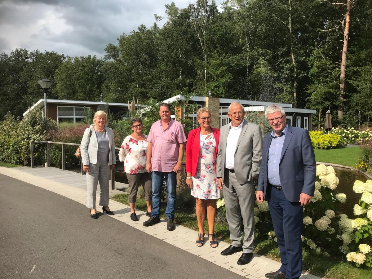 Het college van burgemeester en wethouders was onlangs op bezoek bij Landleven De Wyckel.