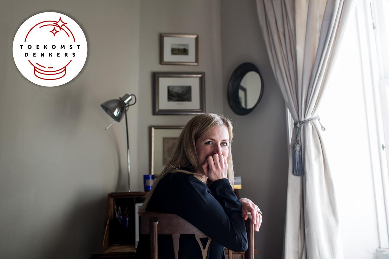 Katherine Trebeck: 'In een welzijnseconomie heb je minder ziekenhuisbedden nodig. Mensen drinken zich op vrijdagavond bijvoorbeeld niet meer van ellende lazarus.' Beeld Robert Ormerod