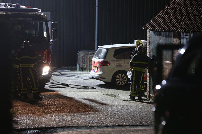 Groot politie-onderzoek bij de schuur met wapens in Welberg.