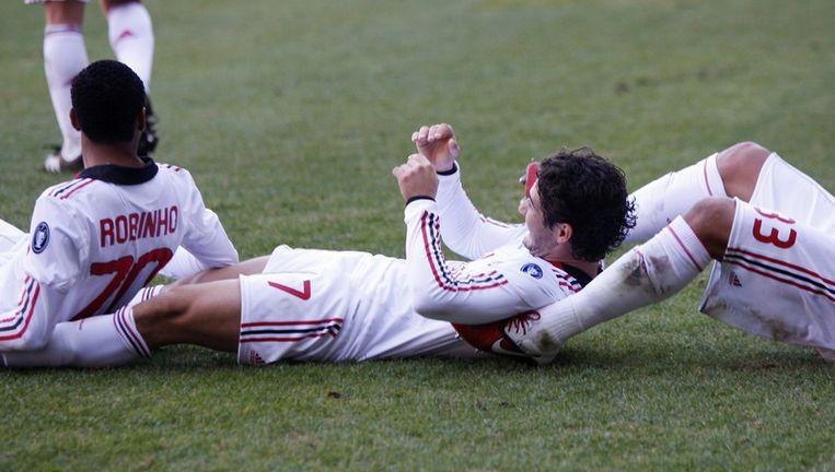 Pato met de orginele viering van de 0-1, die niet volstond voor de zege in Genua. Beeld AP