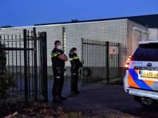 Politie neemt kostbare goederen en wapens in beslag in drugsketelzaak, OM verkreeg bewijs via 'afluisteroperatie'