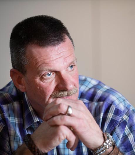 Vader vindt steun bij lotgenoten na zelfdoding pleegzoon
