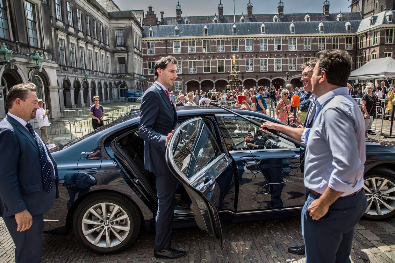 CDA-leider Wopke Hoekstra op het Binnenhof. Nadat hij eind vorig jaar het stokje had overgenomen van Hugo de Jonge als lijsttrekker kwamen de grote geldschieters over de brug.   Beeld Arie Kievit