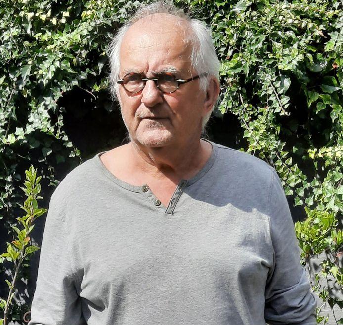 Henk Witte benaderde zelf de Bernhezer Kunstkring om te informeren wat de functie van gemeentedichter inhoudt.