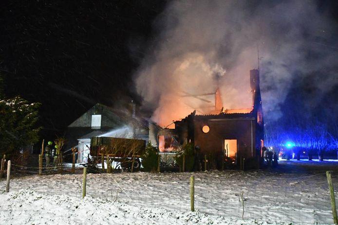 De woning in Eede brandde 8 februari volledig uit.