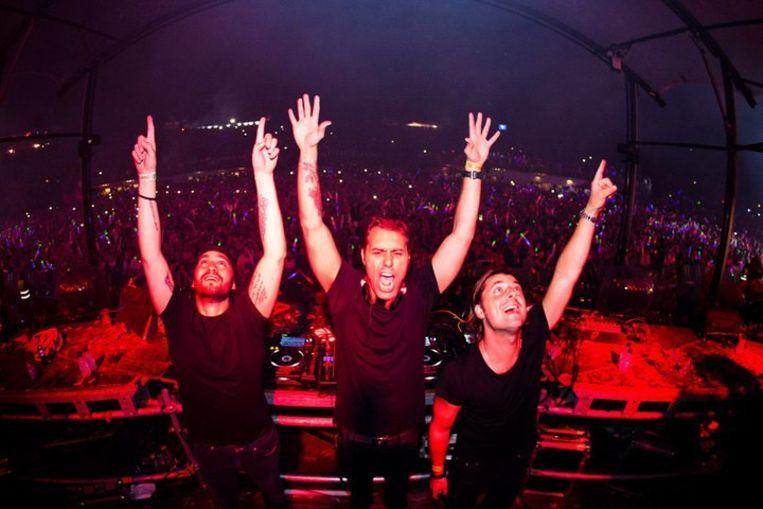 Swedish House Mafia tijdens hun afscheid op 2012 op Tomorrowland. Beeld SHM