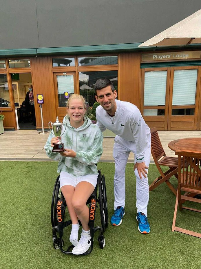 Diede de Groot met Novak Djokovic.