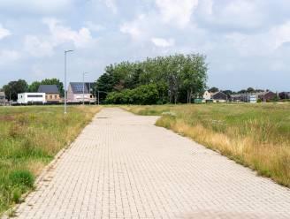 Tien bouwgronden op locatie vroegere voetbalvelden KFC Herenthout worden te koop aangeboden
