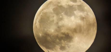 Une Super Lune rose observée ce lundi soir