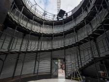 Een duivenhok lukte niet, een 13 meter hoge silo wel: circusartiest Gibé is allesbehalve doorsnee