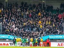 Ooggetuige over inzakken tribune en een terugblik op tumultueuze derby: luister hier De Gelderlander voetbalpodcast!