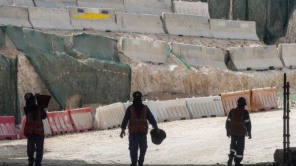 """Amnesty International: """"Arbeidsmigranten in Qatar uitgebuit voor bouw infrastructuur WK voetbal"""""""