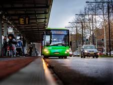 Zorgen om busklachten uit de polder: 'Lijnen die niet kloppen, kinderen blijven staan bij haltes'