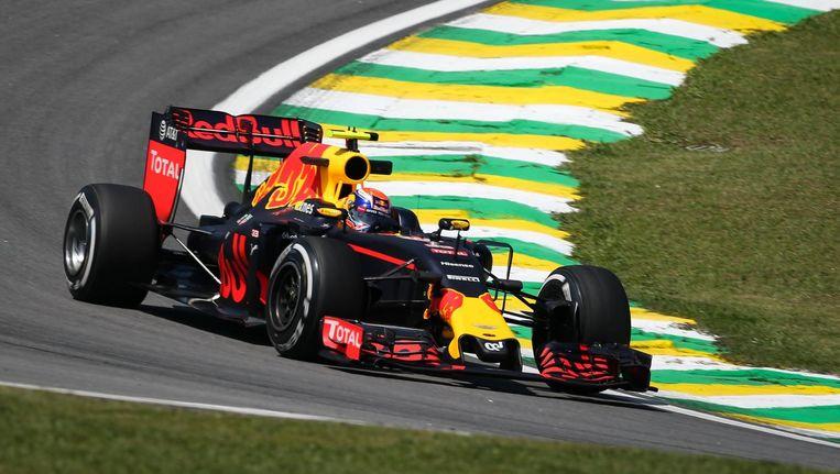 Verstappen op het circuit van Brazilië. Beeld photo_news