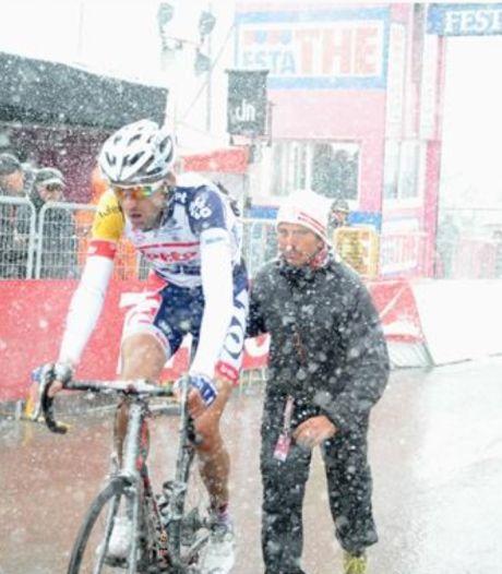 Dirk Bellemakers overwint zijn enige Giro als 'één lange ijspegel van 1.96'