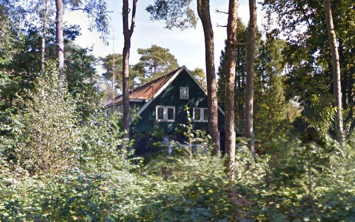Clubhuis Ingeborg aan de Paradijsweg in Den Treek.