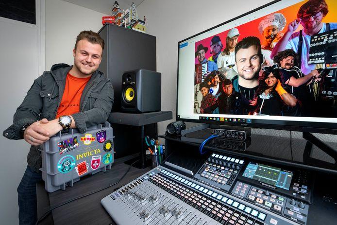 De Bossche zanger Gino Graus heeft een platencontract met de grootste platenmaatschappij in de Nederlandse scene.