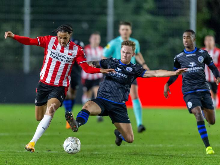 FC Den Bosch na nederlaag bij Jong PSV 150 dagen zonder overwinning