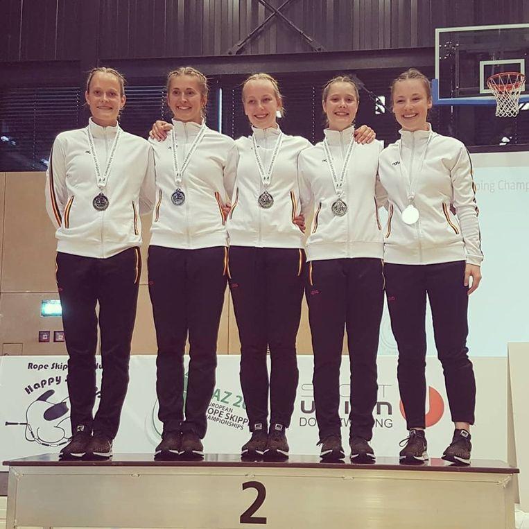 Het meisjesteam van RSC The Handles.