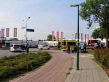 Fietser gewond door botsing met bus in Cuijk