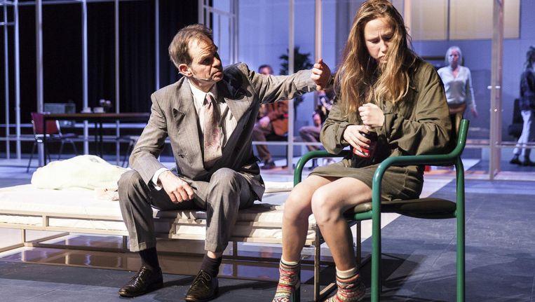 Een soort Hades: fascinerend theaterproject van Delpeut (****). Beeld Roel van Berckelaer