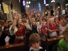 Huissense katholieken voortaan naar Elst voor communies en doopceremonies