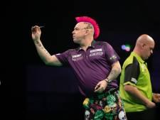 Geëmotioneerde Wright neemt revanche op Van Gerwen