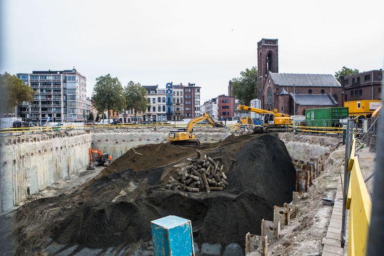 De oppositie heeft onder meer vragen over een omstreden bouwproject aan de Antwerpse Tunnelplaats. Beeld Thomas Legrève