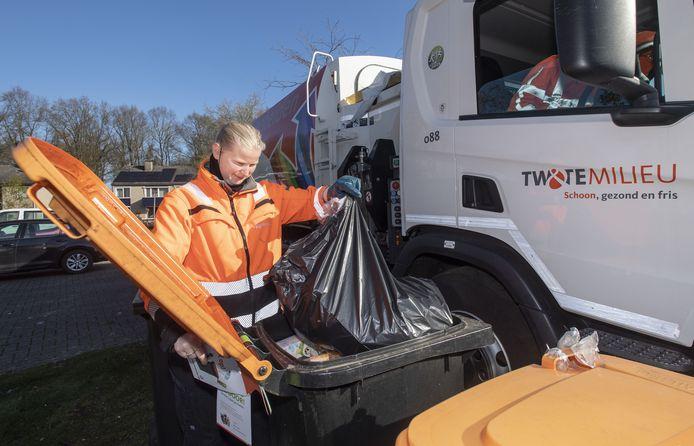 Sinds juli vorig jaar worden veel meer partijen verpakkingen afgekeurd. Daarom is in de Hof gestart met het controleren van de verpakkingscontainers op rommel.