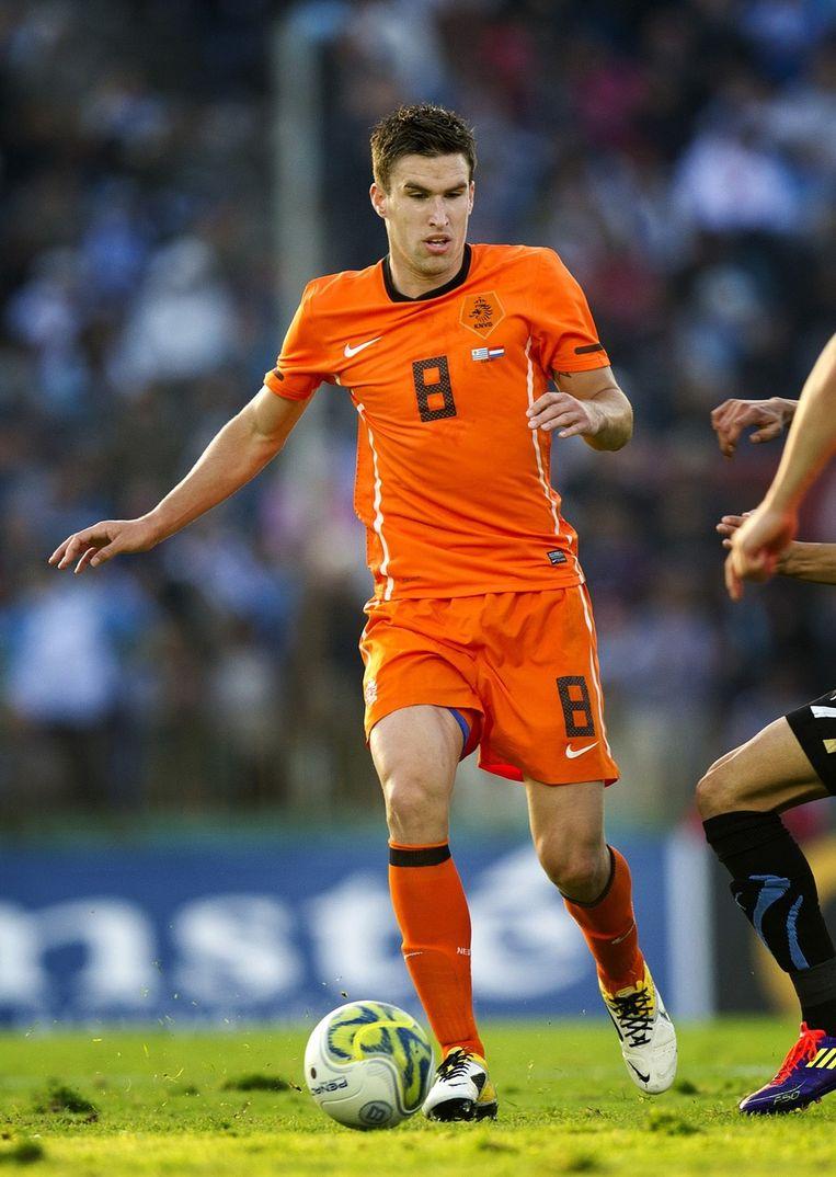 PSV haalt met Kevin Strootman een Oranje-international binnen de poort. Dries Mertens is international bij de Rode Duivels. Beeld anp