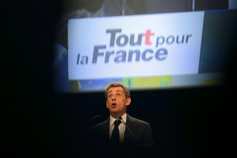 Nicolas Sarkozy: wordt hij de kandidaat van Frans rechts, of zal hij de duimen moeten leggen voor een van zijn concurrenten? Beeld REUTERS