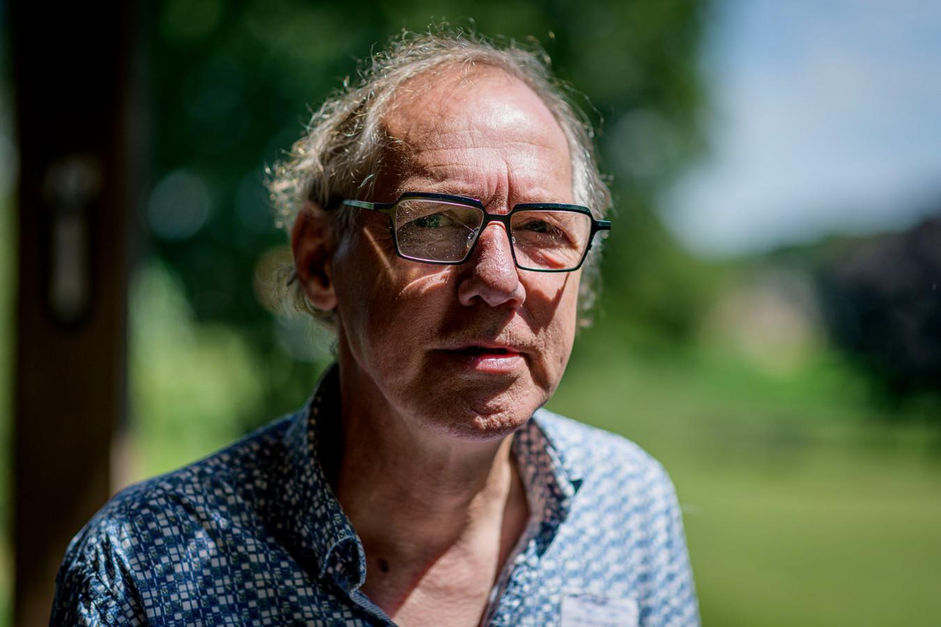 Henk Olthof heeft zijn 'afscheidstournee' bijna volbracht . De Hellendoornse ondernemer heeft nog korte tijd te leven en heeft daar inmiddels vrede mee.