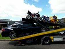 Hennepkwekerij aangetroffen in schuur Kaatsheuvel; politie neemt luxe auto's in beslag