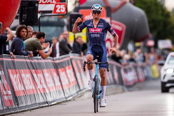 Pas à 100% Mathieu van der Poel? Il avait tout de même remporté en démonstration l'Antwerp Port Epic le 12 septembre.