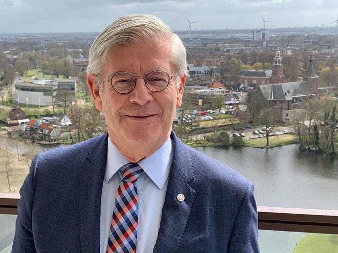 Oud-burgemeester Charlie Aptroot is de nieuwe voorzitter van Netwerk Zoetermeer.
